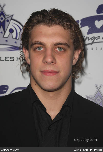 anze-kopitar-meet-the-la-kings-hockey-team-hosted-by-jerry-bruckheimer-and-luc-robitaille-fflyyc