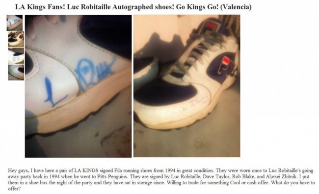 LA Kings Autographed Luc Robitaille Shoes
