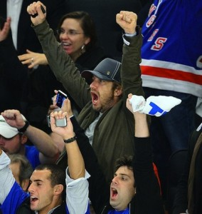 19-gerard-butler-game-1-rangers-devils-madison-square-garden