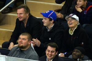 8-liam-neeson-with-son-and-mother-in-law-vanessa-redgrave-rangers-senators-madison-square-garden