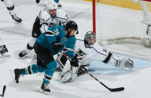 Jonathan Quick glove save San Jose Sharks - The Royal Half