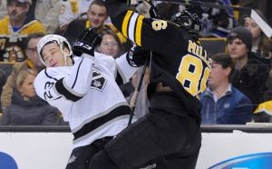 Kevan Miller lays out Dustin Brown - The Royal Half