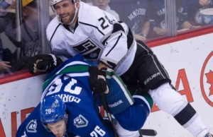 LA Kings shutout win Vancouver Canucks 4-0