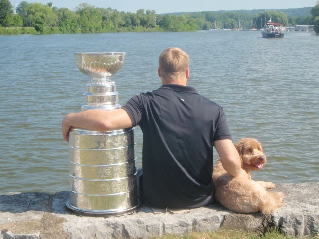 Dustin Brown Dog Cup
