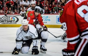 LA Kings 5-0 Blackhawks Scuderi Sucks